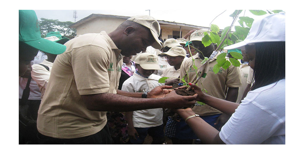 Executive Director NEST plants a tree at Methodist Grammar school Bodija